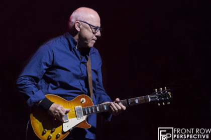 Mark Knopfler performing in Philadelphia on 08.17.19