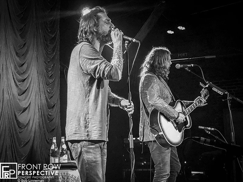 Chris and Rich Robinson performing at The Foundry - Philadelphia